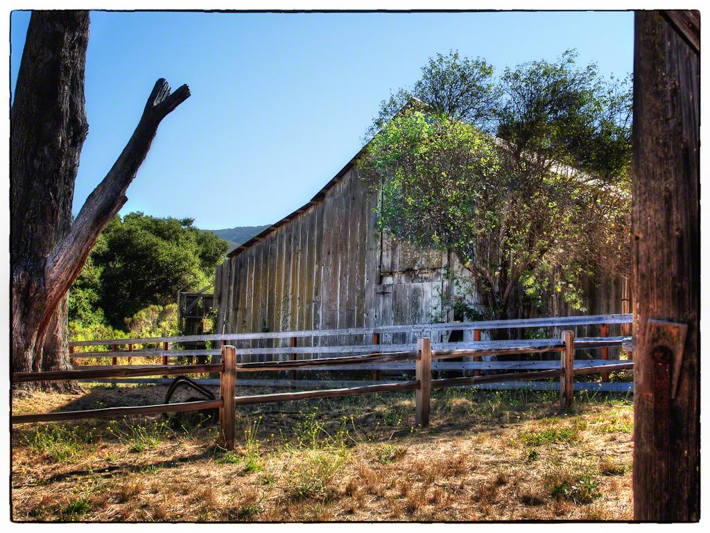 Garland Park Barn 1