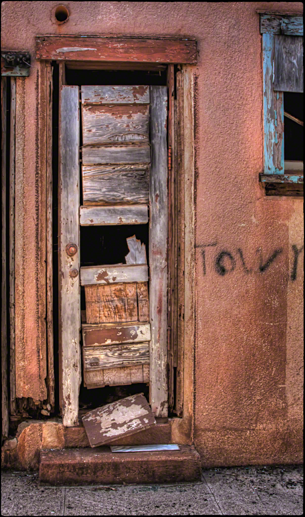 Aloha State Theatre - Side Door