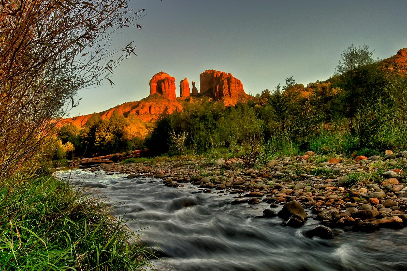 Sedona Oak Creek and Cathedral Rock