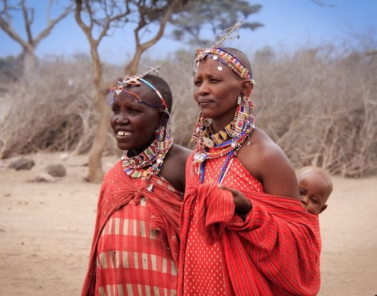 AM-34 Masai Mother and Baby